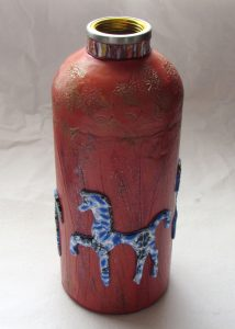 Horse on Woodgrain Bottle