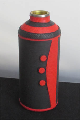 Black Red Deco Water Bottle